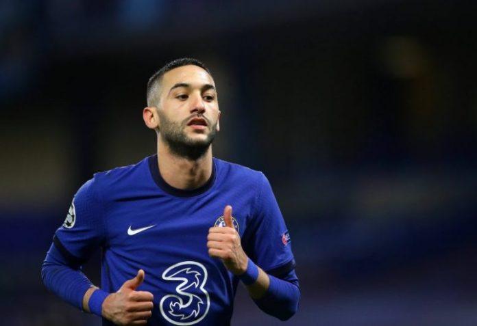 El Chelsea incluiría a Ziyech en la compra de Jules Koundé