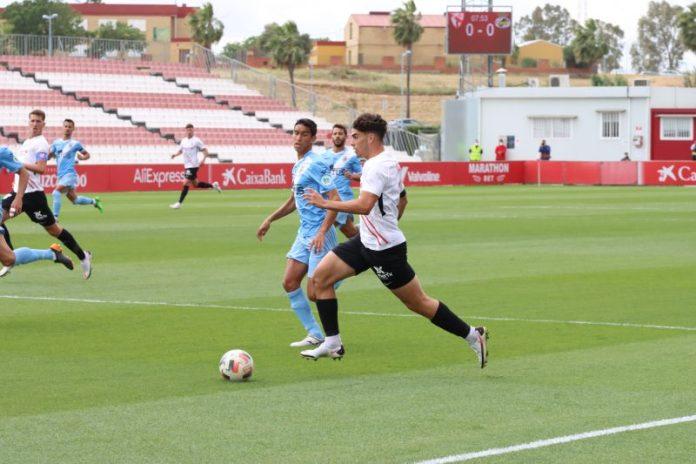 Victoria del Sevilla Atlético ante el Linense y ascenso a Primera RFEF