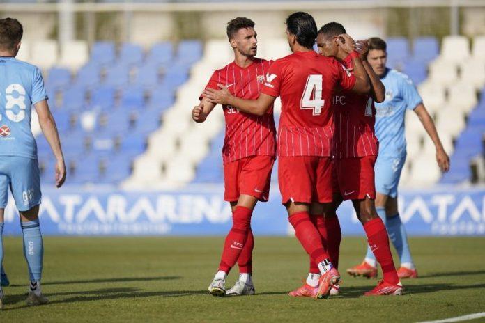 Iván Romero brilla en la victoria del Sevilla FC ante el Coventry