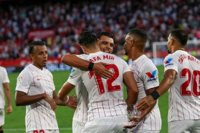 Sevilla FC – RCD Espanyol: Navas, Rakitic y otros datos que debes conocer