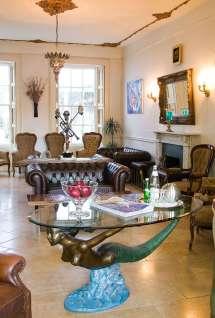 Lounge Area Hotel Guests & Visitors - La Collinette