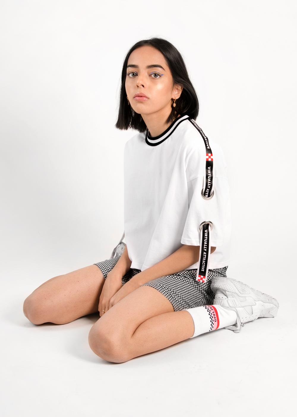 Wo_tapeTshirt4