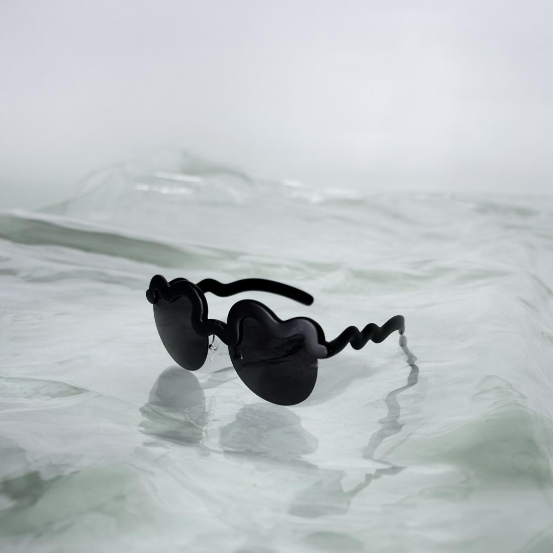LCDglasses_black3