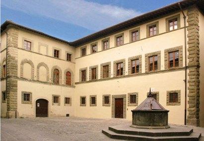 San-Donato-in-Poggio-Piazza-Malaspina