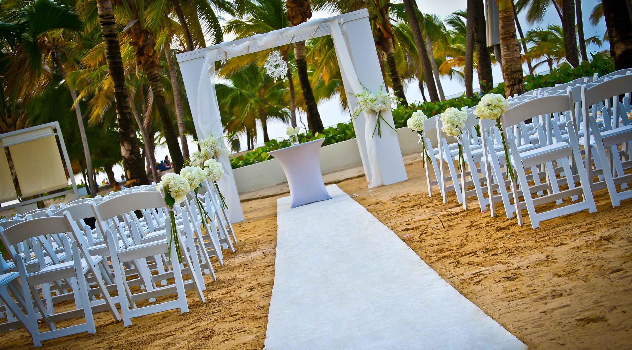 Sereno Sand  Casual Outdooor Beach Wedding Venue  La Concha