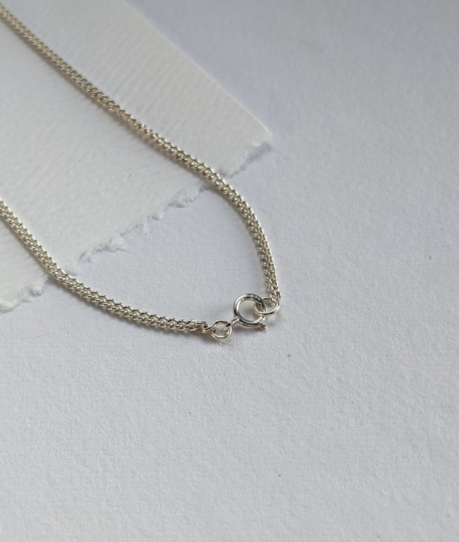 silver-curb-chain-with-clasp