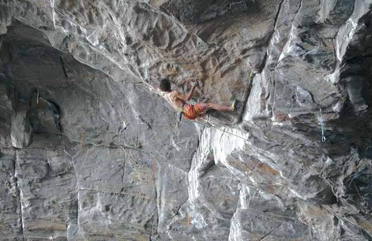 Adam Ondra in Project Hard bei Flatanger - Norwegen