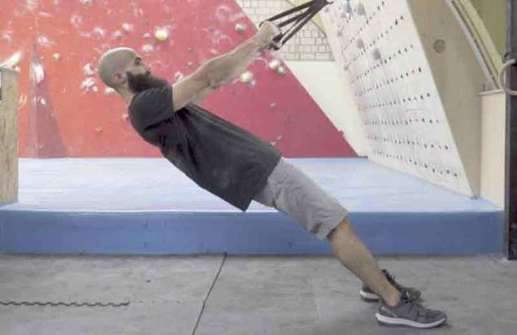 So trainierst du deine Schultern und beugst Verletzungen vor
