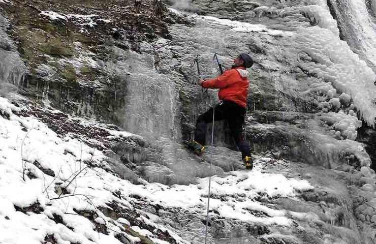 Tourentipp: Eisklettern im Mittelland