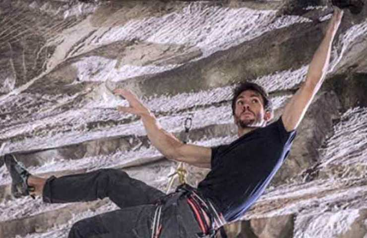 Video: Stefano Ghisolfis Erstbegehung der Route Ultimatum (9a+)