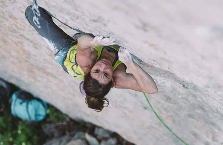 Video about Barbara Zangerl's celebration of Speed intégrale (9a)