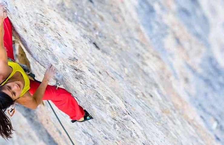 Katherine Choong klettert Cabane au Canada (9a)