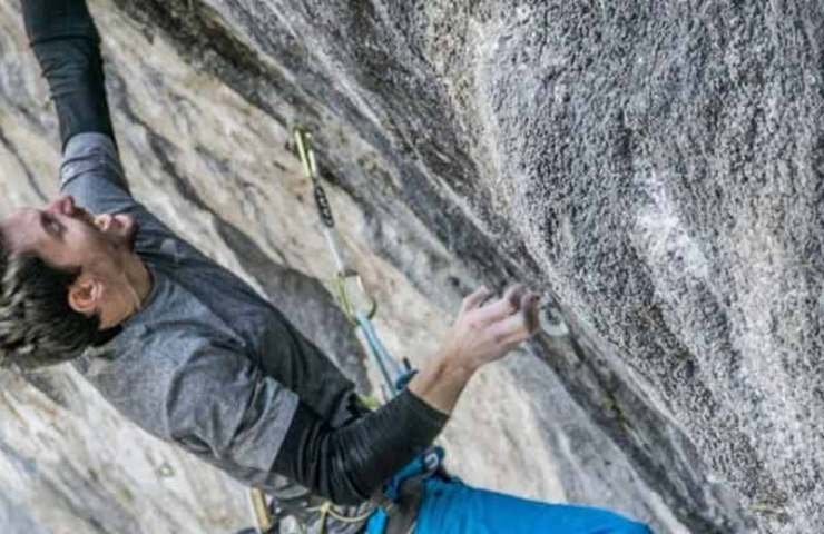 Video - Stefano Ghisolfi-commits-Queen-line (9b)