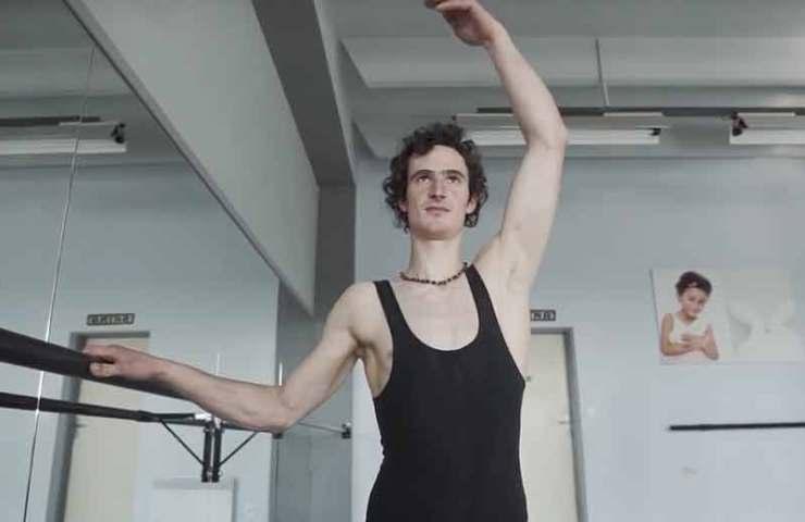 Adam Ondra besucht Ballett-Unterricht