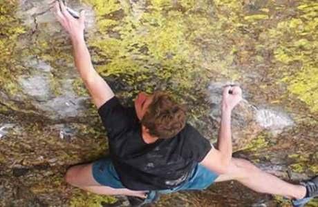 Giuliano Cameroni eröffnet 8c-Boulder Blade Runner im Rocky Mountain National Park