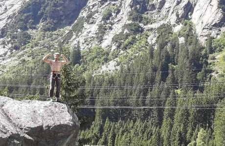 Beni Blaser punktet die Kletterroute Elfe an der Handegg