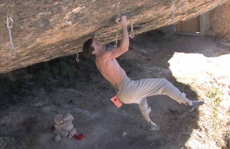 Dave MacLeod on the Free Solo ascent of Darwin Dixit (8b +) in Margalef