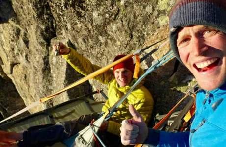 David Hefti und Marcel Schenk eröffnen mit Sotsura (8a, 260m) eine neue Traumtour im Bergell
