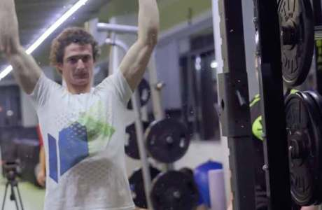 Adam Ondra: That's how he trains for speed climbing