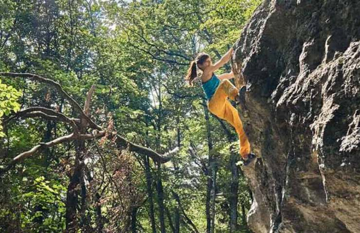 Bouldering in the city of Biel and surroundings
