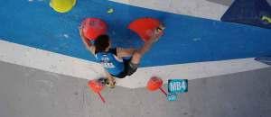 Klettern und Knieschmerzen: Ursachen und Tipps für Betroffene
