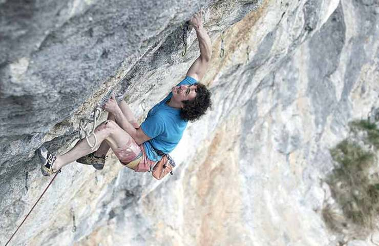 Adam Ondra in the climbing area Gimmelwald_Bild Pvael Blazek
