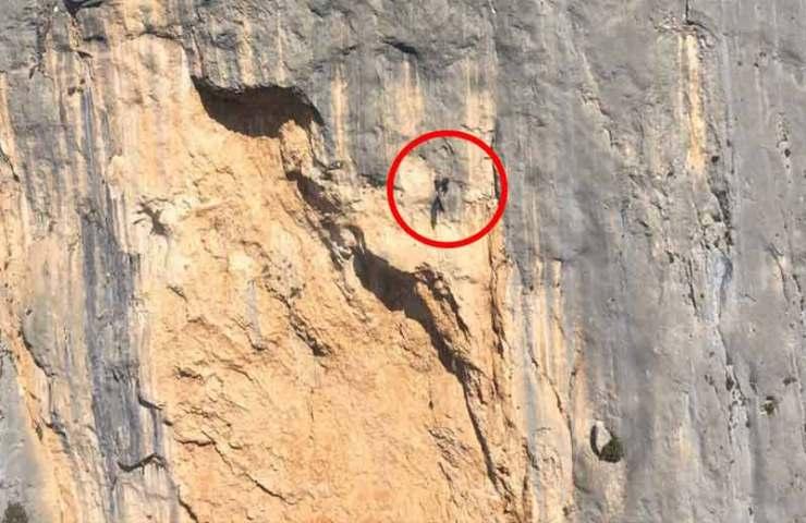 Frankreich macht mit Drohne Jagd auf Kletterer