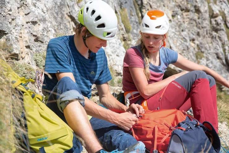 El-Deuter-Guide-Lite-30 puntajes especialmente en el área alpina