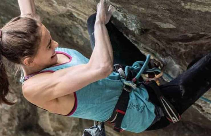 Laura Rogora is climbing another 9a route with Underground