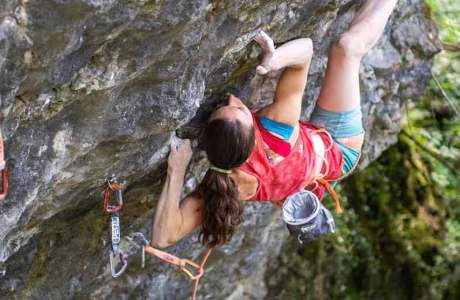 Nobody has climbed an 8c + / 9a so slowly: Anak Verhoeven in Kraftio