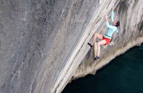 Deep Water Soloing an 3'000 Felsformationen