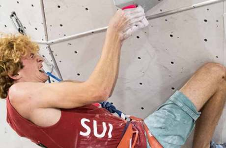 Anne-Sophie Koller and Dylan Chuat climb to the Swiss Lead Championship