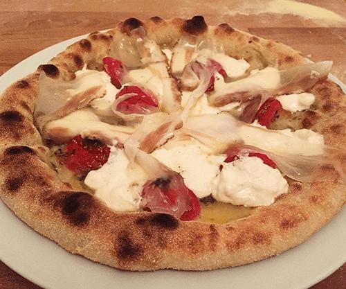 pizza napoletana nel forno di casa