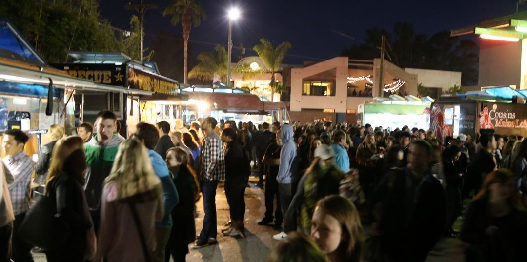 A Unique Date Idea for the Adventurous: Venice First Friday Food Trucks