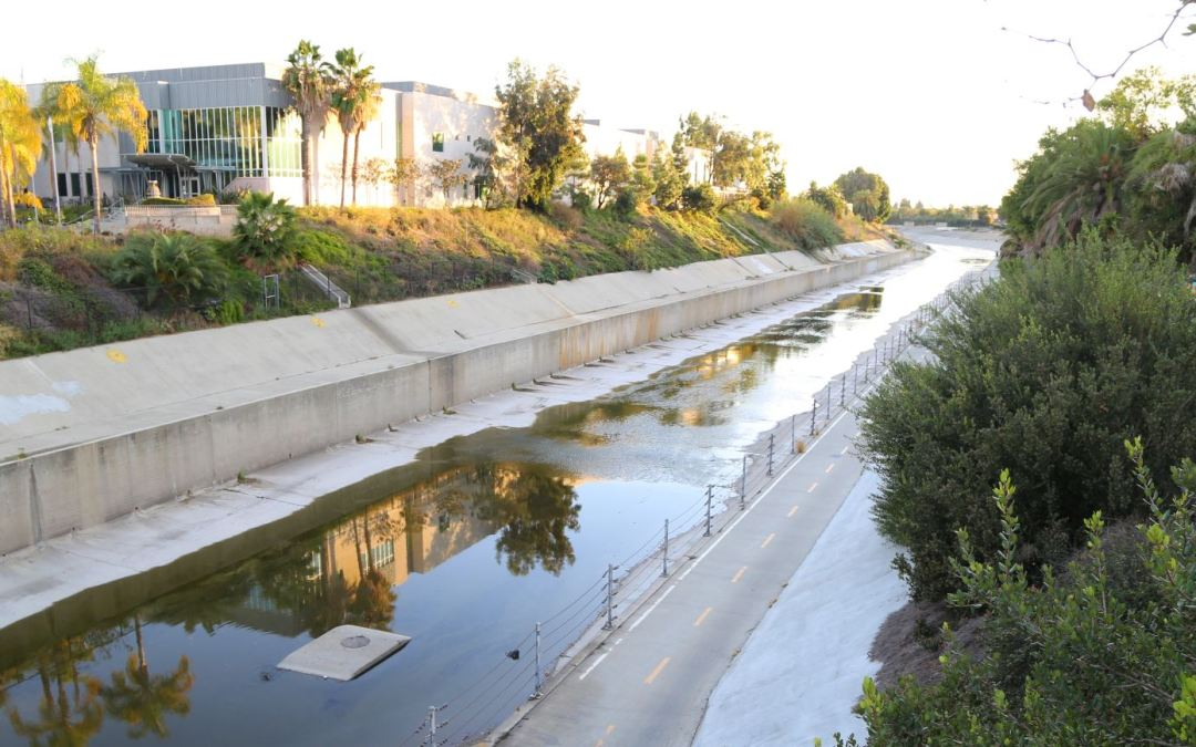 A Relaxing Bike Ride on the West Side – The Ballona Creek Bike Path