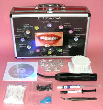colored-swarovski-crystals-for-natural-white-teeth