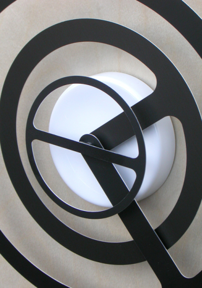 Orbit-r Wall Clock by Dave Keune (2)