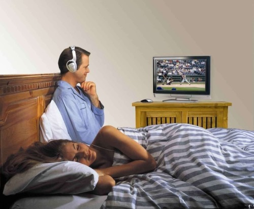 Wireless Television Headphones With Transmitter