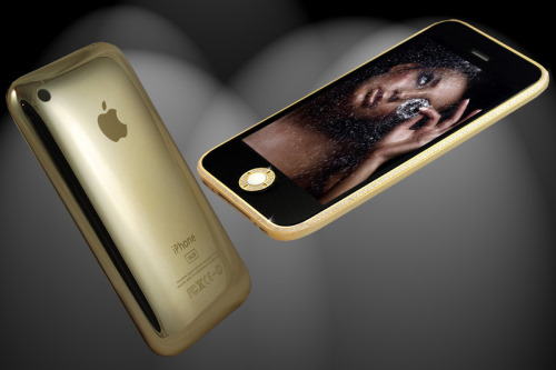 96f4007cdb5 Ladies  GadgetsNew iPhone 3GS in 18ct Gold and Swarovski Crystals ...