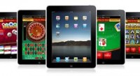 Who uses an iPad to play at online casinos
