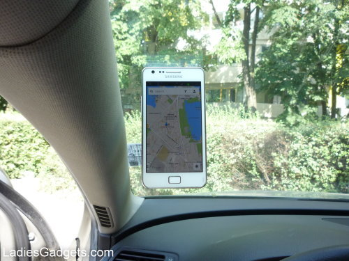 Hands on Review Zyroshell Phone Cradle for Your Car and Desk (15)