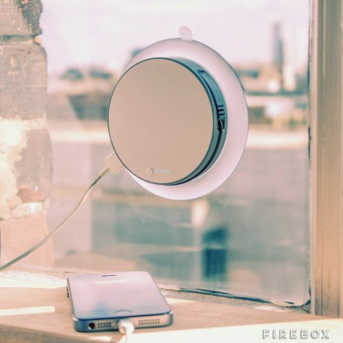 Portable Solar Charger with Suction Cup for Windows (1)