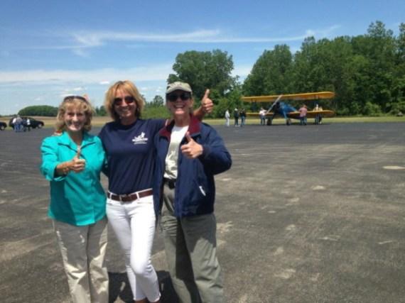 Anne Wright, Kelly, Linda, Seaplanes