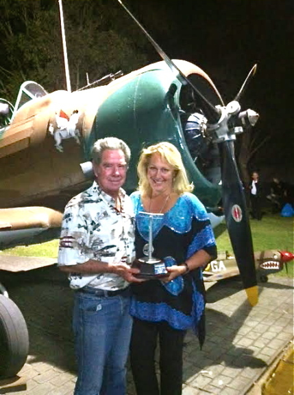Charlotte Zeederberg 2014 TigerMothAirRace trophy