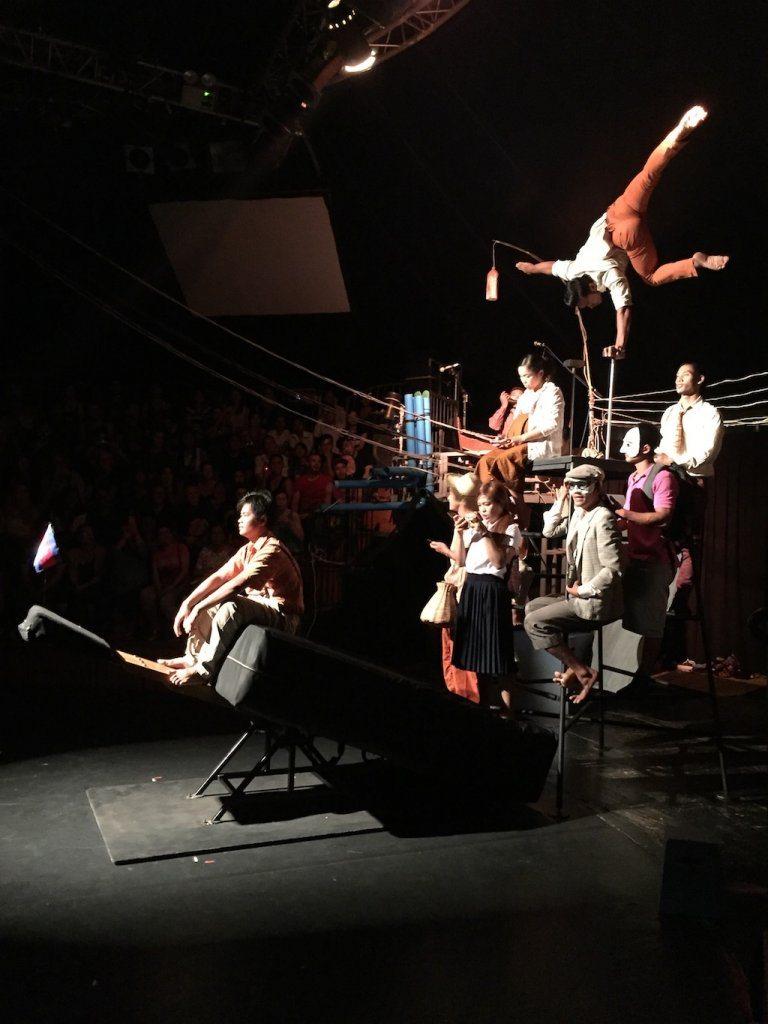 Phare Circus Ladies What Travel