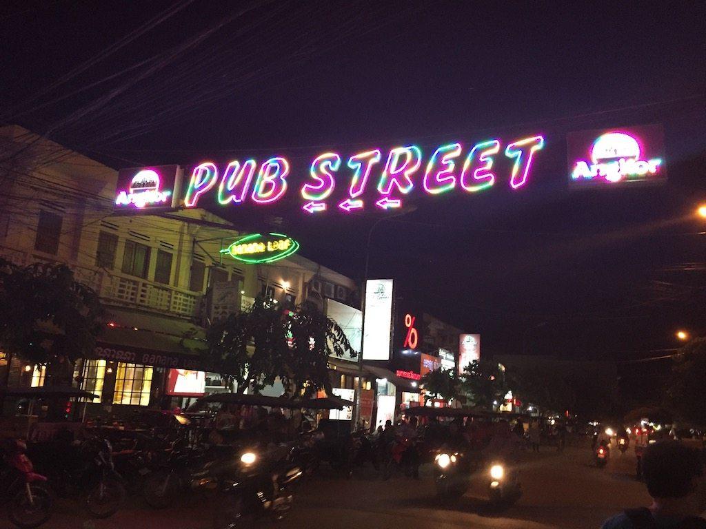 Pub Street Siem Reap Ladies What Travel