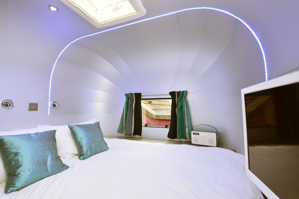 Brooks Guest house Bristol | Ladies What Travel