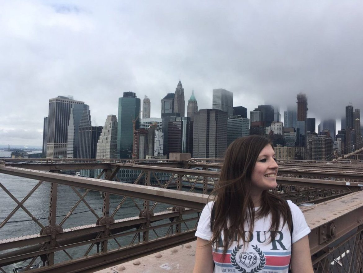 Laura on Brooklyn Bridge