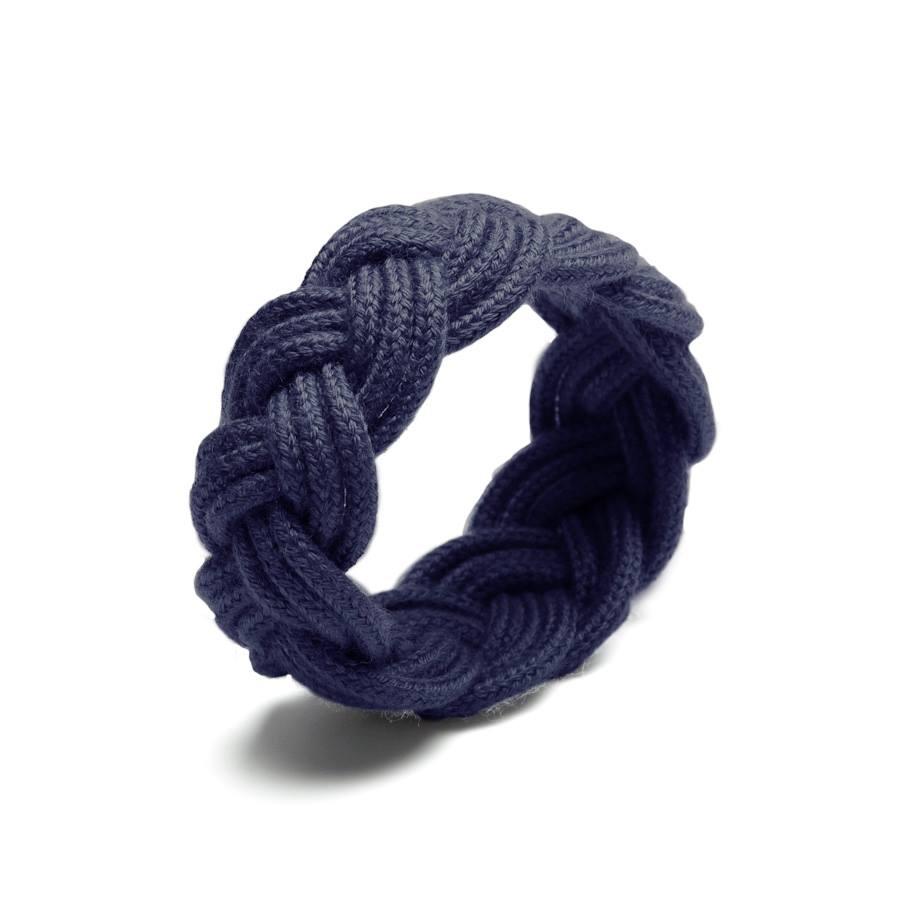 http://www.deern.nl/shop/accessoires/sailor-knot-midnight-blue/