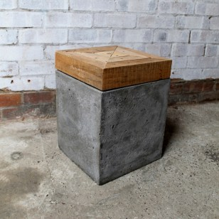 http://www.crowdyhouse.com/nl/shop/timber-topped-concrete-stool/